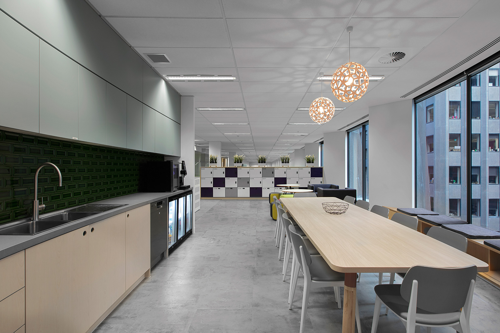 Custom commercial joinery and fit out by ISM Interiors for the Willis Towers Watson office refurbishment.